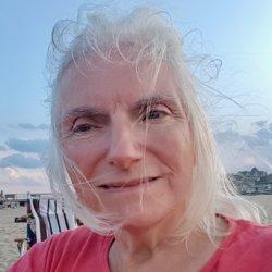 Meryl Schneider avatar
