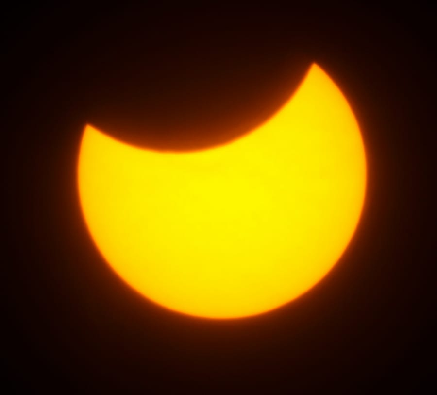 solar_eclipse_shutterstock_26371885 (C) Aptyp_koK