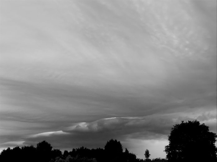 An asperitas formation over Bletchingly, Surrey, UK.