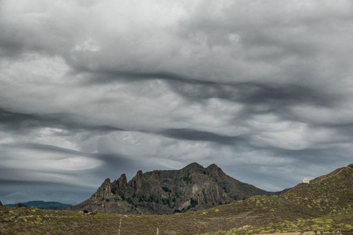 An asperitas formation over Tenerife.