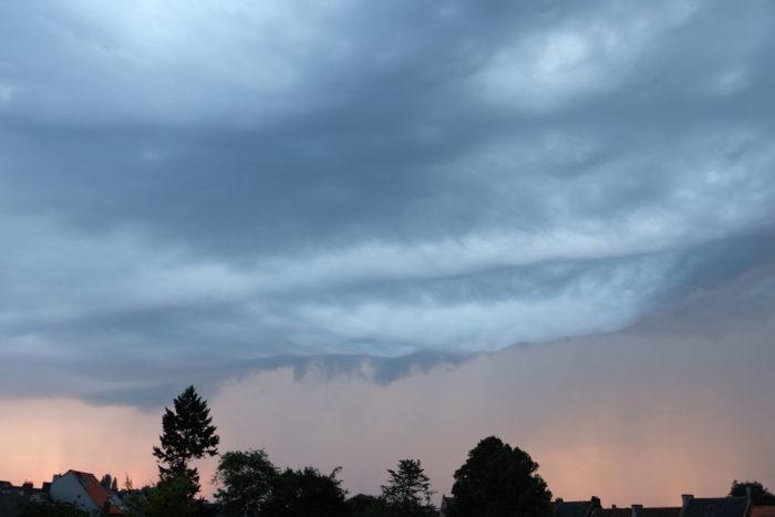 A hint of asperitas in this storm front over Gent, Belgium.