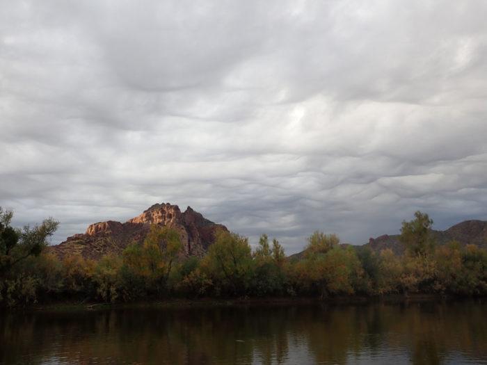 An asperitas formation over the Salt River, Mesa, Arizona, US.