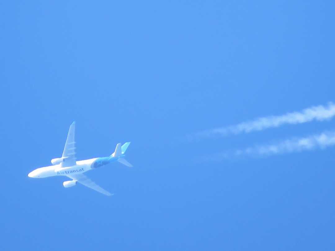 AirTransatA330-2